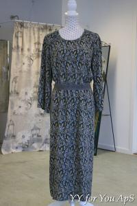 Woman's Gray Dress